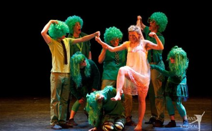 Dance - Nora (lead) in 'Bugs' at 'Nöjesteatern' in Malmö, 2009